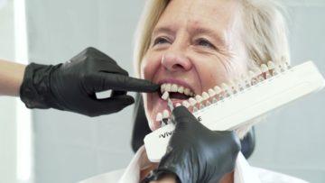 Schöne und gesunde Zähne spielen eine wichtige Rolle für Ihr Wohlbefinden.